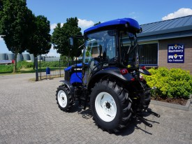 13_Lovol_504_III_Solis_50_hp_tractor_cabin_airco.JPG