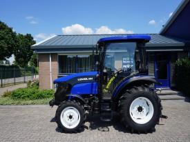 2_Lovol_504_III_Solis_50_hp_tractor_cabin_airco.JPG